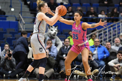 NCAA Women's Basketball - UConn Huskies 102 vs. Memphis Tigers 45 (131)
