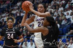 NCAA Women's Basketball - UConn 97 vs. South Carolina 79 (71)