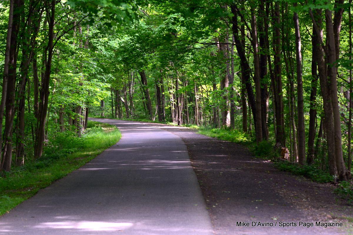 Farmington Canal Trail Hamden - Photo # 017