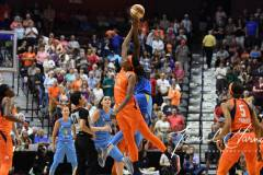WNBA-Connecticut-Sun-100-vs.-Chicago-Sky-94-18
