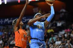 WNBA-Connecticut-Sun-100-vs.-Chicago-Sky-94-22