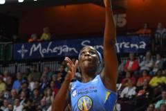 WNBA-Connecticut-Sun-100-vs.-Chicago-Sky-94-25