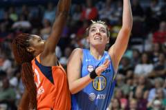 WNBA-Connecticut-Sun-100-vs.-Chicago-Sky-94-28