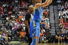 WNBA-Connecticut-Sun-100-vs.-Chicago-Sky-94-39