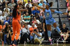 WNBA-Connecticut-Sun-100-vs.-Chicago-Sky-94-41