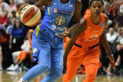 WNBA-Connecticut-Sun-100-vs.-Chicago-Sky-94-52
