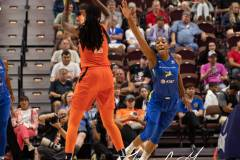 WNBA-Connecticut-Sun-102-vs.-Dallas-Wings-72-14