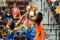 WNBA-Connecticut-Sun-102-vs.-Dallas-Wings-72-15
