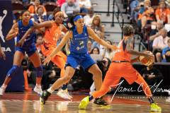 WNBA-Connecticut-Sun-102-vs.-Dallas-Wings-72-16