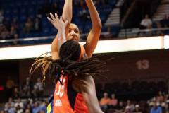 WNBA-Connecticut-Sun-102-vs.-Dallas-Wings-72-18