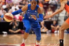 WNBA-Connecticut-Sun-102-vs.-Dallas-Wings-72-24