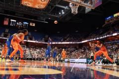 WNBA-Connecticut-Sun-102-vs.-Dallas-Wings-72-32