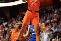 WNBA-Connecticut-Sun-102-vs.-Dallas-Wings-72-47