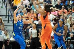 WNBA-Connecticut-Sun-102-vs.-Dallas-Wings-72-49