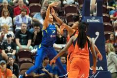 WNBA-Connecticut-Sun-102-vs.-Dallas-Wings-72-58