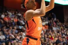WNBA-Connecticut-Sun-102-vs.-Dallas-Wings-72-61