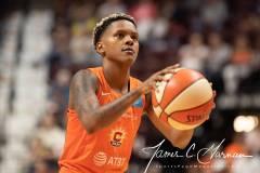 WNBA-Connecticut-Sun-102-vs.-Dallas-Wings-72-64