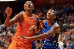 WNBA-Connecticut-Sun-102-vs.-Dallas-Wings-72-65