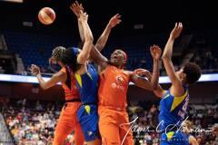 WNBA-Connecticut-Sun-102-vs.-Dallas-Wings-72-68