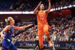 WNBA-Connecticut-Sun-102-vs.-Dallas-Wings-72-71