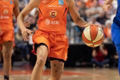 WNBA-Connecticut-Sun-102-vs.-Dallas-Wings-72-75
