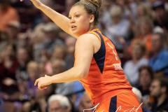 WNBA-Connecticut-Sun-102-vs.-Dallas-Wings-72-77