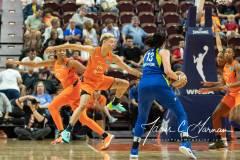 WNBA-Connecticut-Sun-102-vs.-Dallas-Wings-72-86