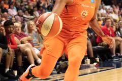 WNBA-Connecticut-Sun-102-vs.-Dallas-Wings-72-92