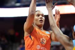 WNBA-Connecticut-Sun-104-vs.-Chicago-Sky-109-OT-61