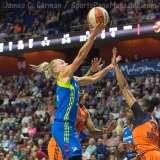 WNBA Connecticut Sun 107 vs Dallas Wings 74 (33)