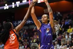 WNBA-Connecticut-Sun-68-vs.-Phoenix-Mercury-62-14