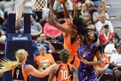 WNBA-Connecticut-Sun-68-vs.-Phoenix-Mercury-62-15