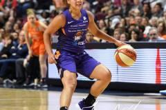 WNBA-Connecticut-Sun-68-vs.-Phoenix-Mercury-62-17
