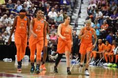 WNBA-Connecticut-Sun-68-vs.-Phoenix-Mercury-62-21