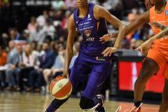 WNBA-Connecticut-Sun-68-vs.-Phoenix-Mercury-62-24