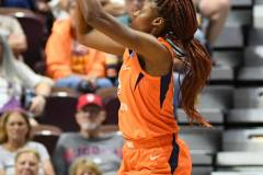 WNBA-Connecticut-Sun-68-vs.-Phoenix-Mercury-62-36