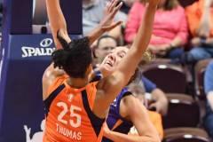 WNBA-Connecticut-Sun-68-vs.-Phoenix-Mercury-62-39
