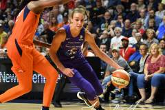 WNBA-Connecticut-Sun-68-vs.-Phoenix-Mercury-62-42