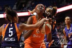 WNBA-Connecticut-Sun-68-vs.-Phoenix-Mercury-62-51