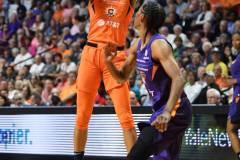 WNBA-Connecticut-Sun-68-vs.-Phoenix-Mercury-62-57