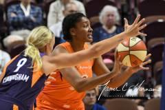 WNBA-Connecticut-Sun-68-vs.-Phoenix-Mercury-62-60