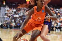 WNBA-Connecticut-Sun-68-vs.-Phoenix-Mercury-62-72