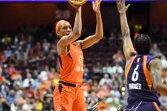 WNBA-Connecticut-Sun-68-vs.-Phoenix-Mercury-62-78