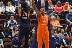 WNBA-Connecticut-Sun-68-vs.-Phoenix-Mercury-62-79
