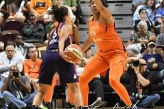 WNBA-Connecticut-Sun-68-vs.-Phoenix-Mercury-62-91