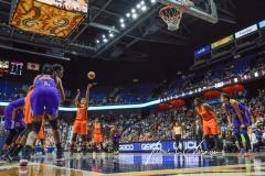 WNBA CT Sun 79 vs. LA Sparks 87 (19)