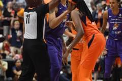 WNBA-Connecticut-Sun-79-vs.-Phoenix-Mecury-64-19
