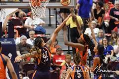 WNBA-Connecticut-Sun-79-vs.-Phoenix-Mecury-64-21