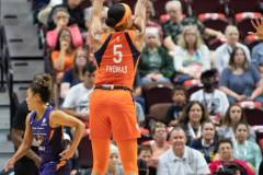 WNBA-Connecticut-Sun-79-vs.-Phoenix-Mecury-64-30