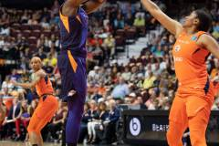 WNBA-Connecticut-Sun-79-vs.-Phoenix-Mecury-64-33